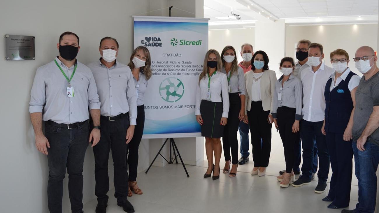 Equipe do Sicredi e do Vida & Saúde